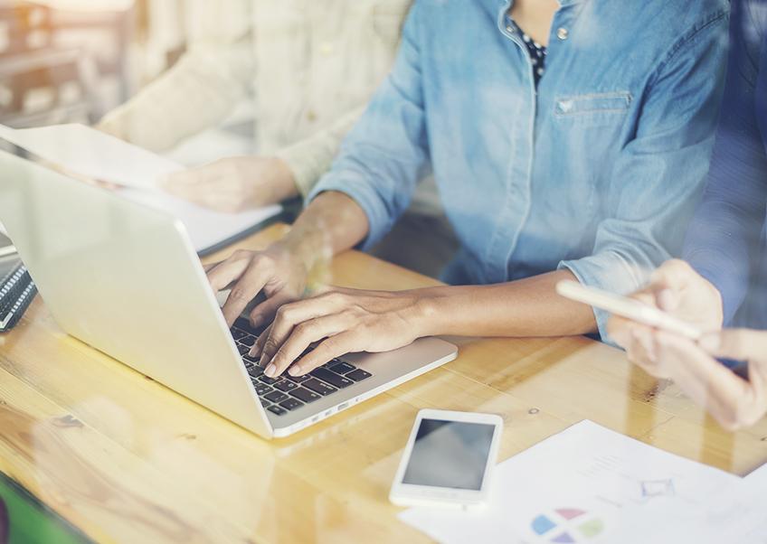 Qual a importância de um profissional qualificado cuidando das redes sociais?